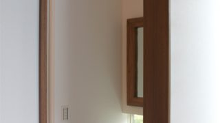 【WEB内覧会】バリ島で買い付け。大理石洗面ボウルのある造作手洗い(入居前)