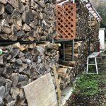 年末の寒波が怖いなぁ。今年の薪の現在の使用量はこんな感じ。